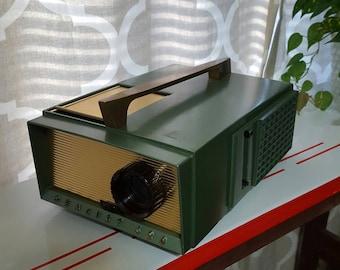 Vintage Slide Projector Realist 620