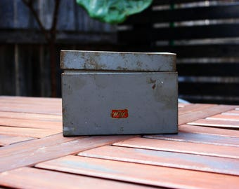 Weis Metal Box