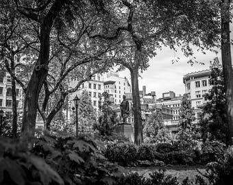 "Digital Art Printable file download 300 dpi 24x36 and 8x12 Black&White original image from New York Manhattan ""UNION SQUARE PARK"""