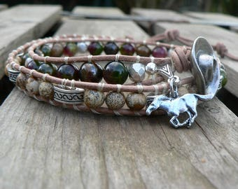 Bracelet leather and pearls wrap man country style