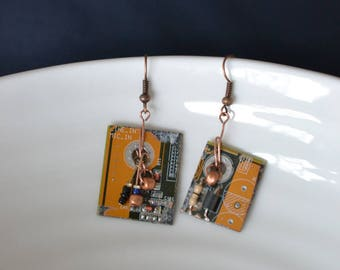 Metal dangling earrings copper - recycled computer parts