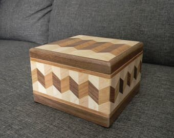 Wooden Jewelry Box (Square)