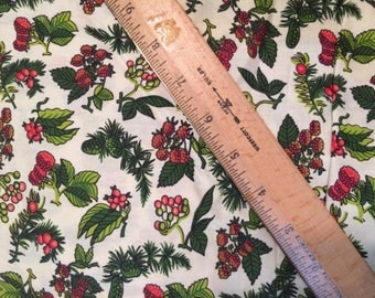 """8 yards of vintage 1950s cotton - 35"""" wide -- Vivid Red & Green Fruits/Berries on an Off White Background"""