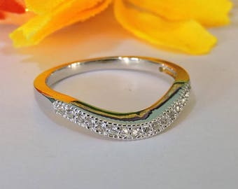 Art Deco White Gold Wedding Band, 14k Solid White Gold Curved Wedding and Promise Ring.