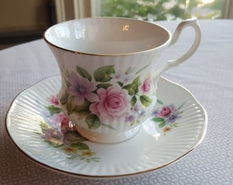 Royal Heritage Roses Bone China