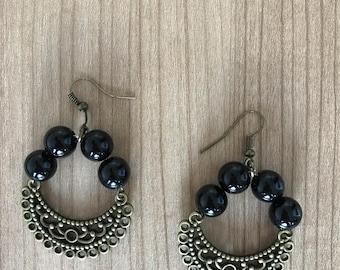 Stilish black earrings