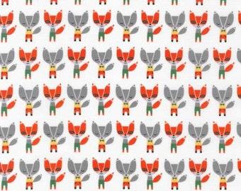 Fat quarter White Mini Fox - Robert Kaufman, Suzy Ultman, Suzy's Minis cotton quilt fabric