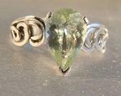 Snuggle - Yellow Aquamarine gemstone ring - reserved for Eileen