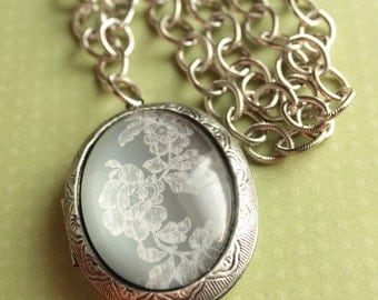 Large Locket - Glass - Silver Plated - Rhodium-Plated Chain