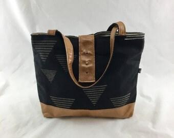 SALE Ann Shoulder Bag in Temple Print