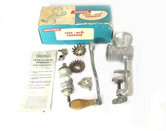Universal No 1 Food Meat Chopper Vintage Old with Manual