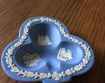 Wedgewood blue ash tray dish
