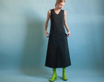 black jumper dress / flared black midi maxi dress / black long dress / s / m / 2052d / B3