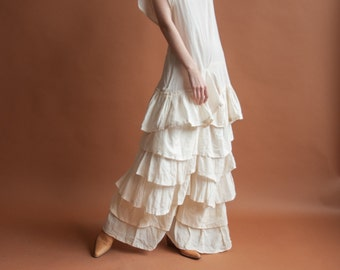70s 30s style cream cotton dropwaist tiered ruffle dress / flutter sleeve maxi / m / 2134d / R2