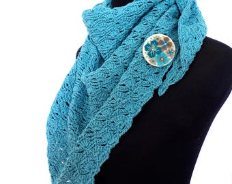 NEW - hand crafted 100% cotton triangualar scarf with co-ordinating felt brooch