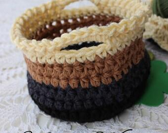 Crochet Basket Pattern - Medium - Basket with Handles - Krissys Wonders