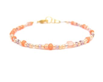 Peach Friendship Bracelet, Peaches and Cream Mix Seed Beads, Beaded Bracelet, Mixed Japanese Glass Jewelry, Stacking Layering, Yoga Zen