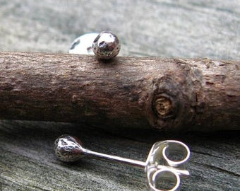 20% OFF Sale Tiny sterling silver stud earrings