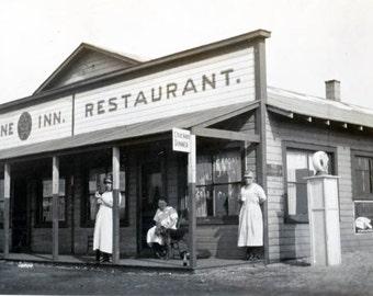 vintage photo 1918 Lone Inn Restaurant Gas Station women Dog Store