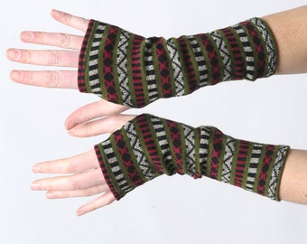 Patterned fingerless gloves, Warm knit armwarmers, Geometric arm warmers, Green and black wrist warmers, Long fingerless gloves, MALAM