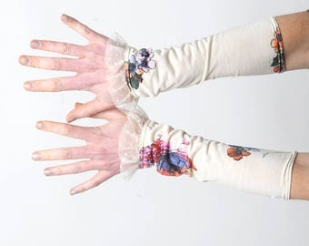 White cuffs with colorful print, Stretchy wrist cuffs, White & colorful cuffs, mesh ruffles, Floral jersey cuffs, Spring accessory, MALAM