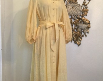 Fall sale 1940s house coat vintage robe yellow robe cotton robe 40s dressing gown size medium hobart robe