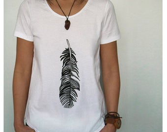 Feather T-shirt White Women's Loose Fit Tee With Black Feather Screenprint