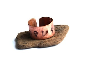 Stamped Tribal Copper Band Ring (R506)