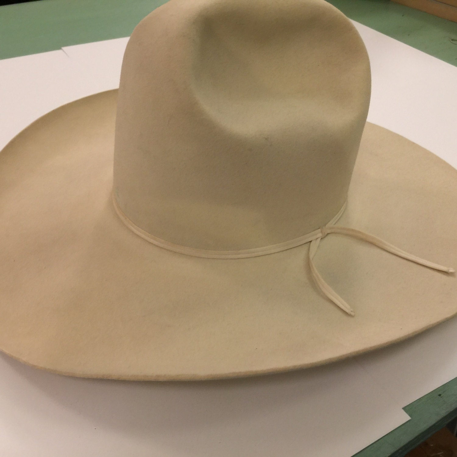 NUDIE Vintage COWBOY HAT 10 Gallon Vintage Cowboy Tom Mix 10 Gallon Cowboy Hat Front