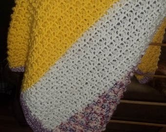 Hand Crocheted Popcorn Pattern Afghan..Large and Warm