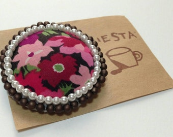 LIBERTY and pearl beads brooch