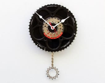 bike inspired clock, Bike Gear Clock, cyclist gift, boyfriend gift, bicycle parts gift, repurposed bike clock, Recycled Bike Gear Clock