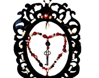 Heart and skeleton key wall art decor in black, red and ivory
