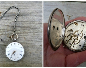 Antique 1900 silvered French pocket watch with chain and key /not working