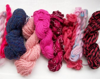 Grab bag assorted yarn 50g shades of pink M0117-10