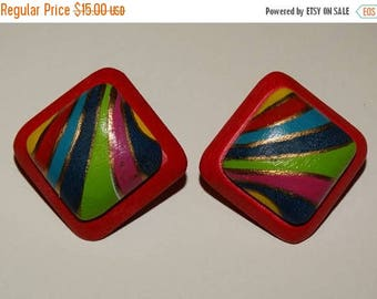 Vintage Clip on Earrings, Psychedelic wooden clip on earrings, Clips, Hot Pink, Light Weight, 1980's Earrings
