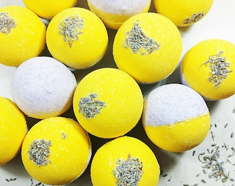Bath Bomb. Spa Gift.  LAVENDER LEMON DREAMS. Gift for Moms. Spa Day. Lavender Bath Bombs. Aromatherapy. Mom Time. Gift for Her