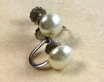 Richelieu White Button Pearl Screw Back Sterling Silver Earrings Vintage