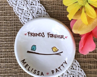 Best Friends Ceramic Ring Dish with Little Birds - Personalized Jewelry Dish for Best Friend
