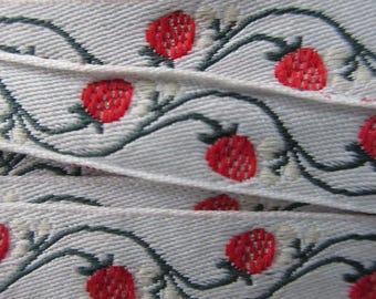 Germany 2 Yards Fabric Trim Jacquard Ribbon Strawberry Trim  RV 17