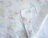Vintage 1980's Full Size Flat Sheet, Pastel Garden Flowers on White, Vintage Bedding, Bedroom Decor, Vintage Fabric