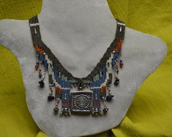 Woven Necklace with Ceramic Pendant 833