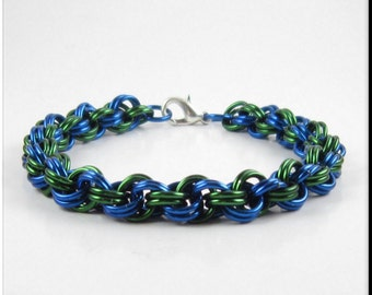 Chainmaille Bracelet Blue and Green Double Spiral Chain Mail Chain Bracelet