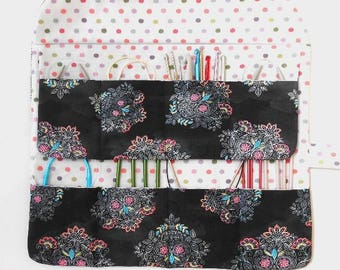 Sugar Skulls Circular Needle Roll, Day of Dead Crochet Hook Case, DPN Double Pointed Needle Storage, 8 Pockets, Paintbrush Holder
