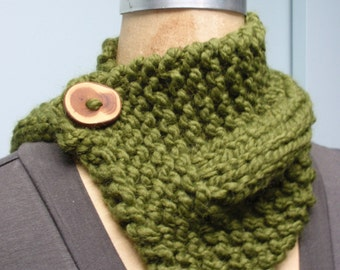 Hand Knit Button Up Neck Cozy Scarf with Handmade Wood Button in Green