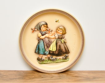 Vintage 1980 Annual Hummel Plate- Decorative Plate- Goebel Plate- Collectible Plate- German Plate- Wall Plate- Hanging