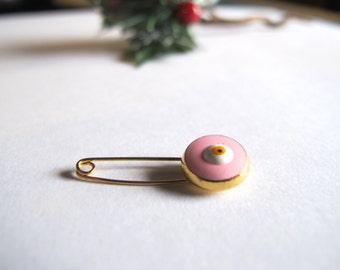 Gold Tone Evil eye Pin-Pink