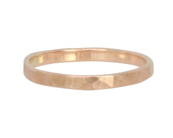 Handmade Wedding Band in Hammered Rose Gold, 14K Slim Gold Ring, Minimalist Jewelry