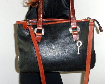 Genuine  Fossil black  brown leather tote ,  Boston bag ,satchel ,purse cross body bag silver hardware, signature fob vintage pristine cond