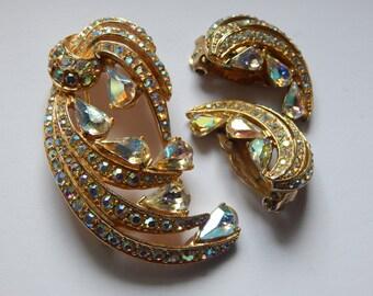 Striking Aurora Borealis Pin and Earring Set - Vintage - Rhinestones - Vintage Jewelry Sets
